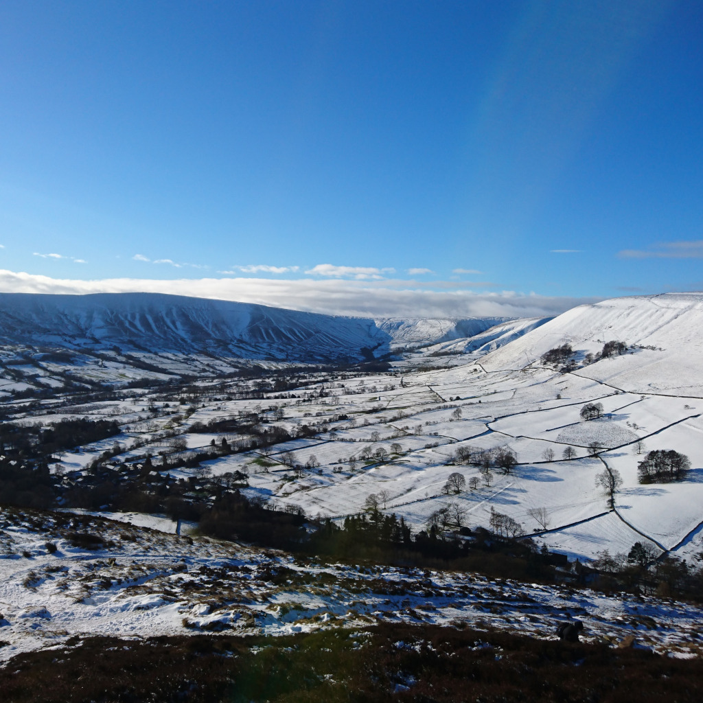 Snow covered Edale valley looking from Ringing Rodger